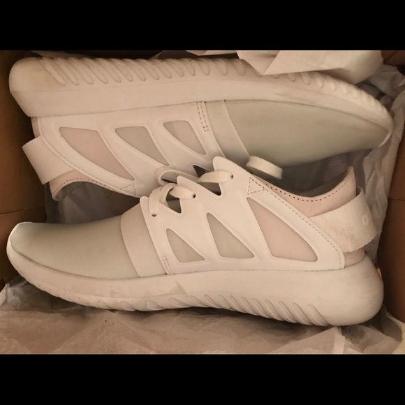 adidas scarpe bianche per dimensioni 7 poshmark virale